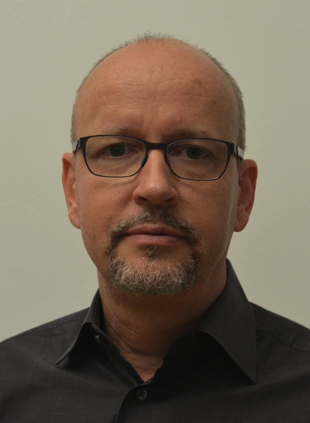 PD Dr. Stephan Scheuzger
