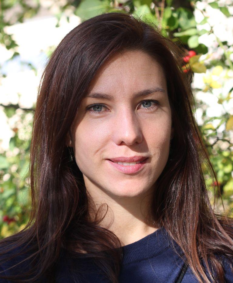 Dr. Eva-Maria Muschik